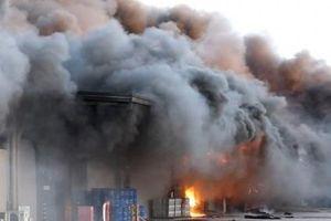 Cháy lớn tại nhà máy trong khu công nghiệp Thụy Vân, tỉnh Phú Thọ