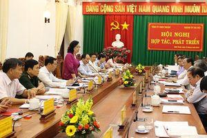 Hà Nội - Ninh Thuận: Đẩy mạnh hợp tác trên 9 lĩnh vực kinh tế - xã hội
