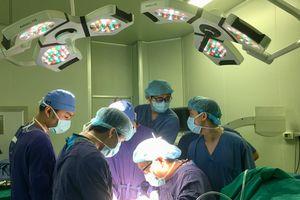 Việt Nam ứng dụng thành công vật liệu tự tiêu trong phẫu thuật xương