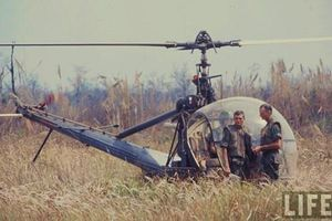 Loại trực thăng Mỹ 'rụng' ngay khi đối đầu với AK Quân Giải phóng