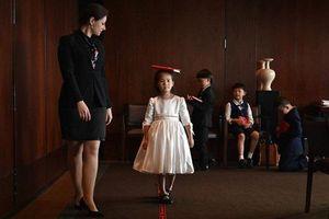 Những lớp học quý tộc gây 'sốt' tại Trung Quốc: Giới nhà giàu không ngại chi hàng ngàn USD