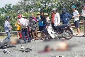 Xe máy đấu đầu xe tải, 2 nam thanh niên chết thảm