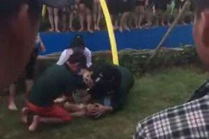 Bé trai 4 tuổi nhập viện khi chơi ở công viên nước đẹp nhất Hà Nội