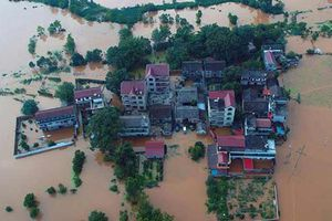 Mưa lũ kinh hoàng tại Trung Quốc, 19 người thiệt mạng