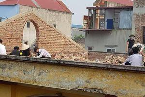 Thông tin mới nhất vụ giáo viên phạt học sinh đẽo gạch trên mái nhà tại Bắc Ninh