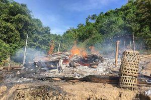 Nhà dân ở huyện vùng cao Nghệ An cháy rụi do bất cẩn khi nhóm bếp