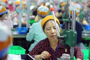 Đại biểu Quốc hội đề nghị tăng tuổi lao động nhưng không được hạn chế chỗ làm việc của giới trẻ