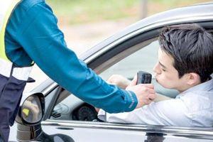 Uống 1 cốc soju trước khi lái xe có thể bị phạt tới 100 triệu