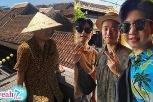 Gary khoe ảnh du lịch tại Hội An, nhìn xong fan Việt nào cũng đòi tài trợ nón lá mới