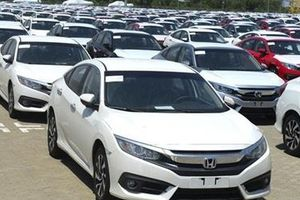 Tiêu thụ ôtô nhập khẩu tăng hơn 2 lần trong 5 tháng đầu năm