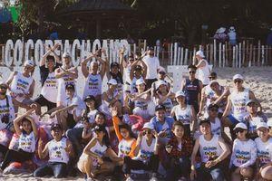 Hơn 100 bạn trẻ chung tay dọn rác ven biển Bình Thuận