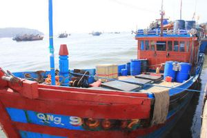 Hàng trăm tàu cá ở Quảng Ngãi chưa được lắp đặt thiết bị giám sát