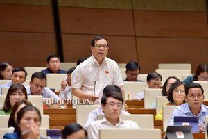 Đại biểu Quốc hội đề xuất 'phí chia tay', công dân phải đóng 3-5 USD khi xuất cảnh