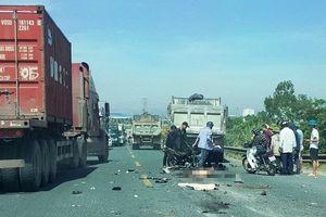 Đối đầu xe tải, 2 nam thanh niên đi xe máy thiệt mạng ở Hà Nam