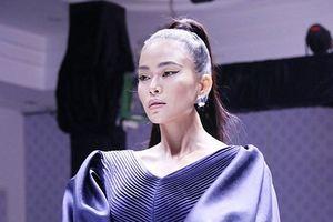 Á hậu Mâu Thủy gây tranh cãi khi tuyên bố 'tụt quần' người mẫu nhí nếu khóc và nghịch ngợm