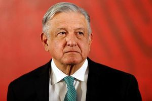 Ngăn chặn người di cư, Mexico phải bán máy bay chính phủ