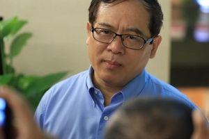 Đại biểu Nguyễn Quốc Hưng: Thu phí chia tay là để bảo vệ công dân và cán bộ tươi cười!