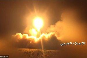 Vũ khí Mỹ 'bất lực' với tên lửa hành trình nhắm vào sân bay của Ả rập xê út?