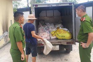 Hải Phòng bắt giữ gần nửa tấn bì lợn bốc mùi không rõ nguồn gốc