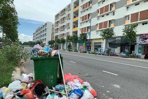 Nghi vấn ém tiền, khu dân cư ngập rác: 'Phó ban vận hành ôm tiền bỏ trốn'