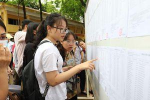 Tuyển sinh lớp 10 ở Hà Nội: Thí sinh, phụ huynh cân nhắc kỹ việc chọn trường