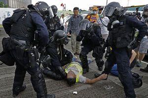 Hàng trăm người bị thương trong các cuộc bạo động tại Hong Kong