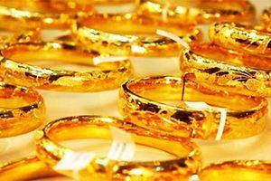 Giá vàng SJC tiếp tục tăng mạnh, vọt xa mốc 37 triệu đồng/lượng