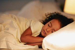 Trẻ đối mặt nguy cơ mắc bệnh béo phì do thiếu ngủ