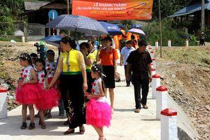 Ngân hàng SHB tài trợ 550 triệu đồng xây cầu giúp người dân vùng lũ ở Sơn La