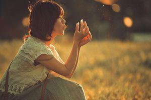 Im lặng không có nghĩa là ngừng yêu thương, nhưng cứ mãi im lặng thì sẽ đánh mất nhau