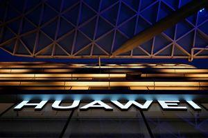 'Bí đường' smartphone, Huawei 'lấn sân' sang sản xuất ô tô tự lái?