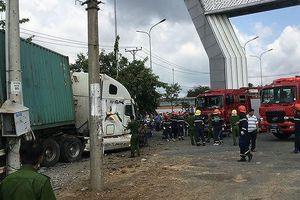 Danh tính các nạn nhân vụ container đâm xe con ở Tây Ninh