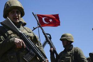 Quân chính phủ Syria tấn công đồn quân sự Thổ Nhĩ Kỳ ở tây bắc Hama