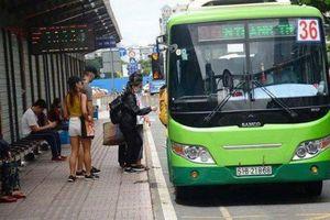 TP.HCM công bố số điện thoại nóng trị móc túi, sàm sỡ trên xe buýt