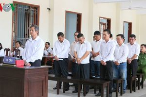 Cựu giám đốc Vietcombank chi nhánh Tây Đô lĩnh án 20 năm tù