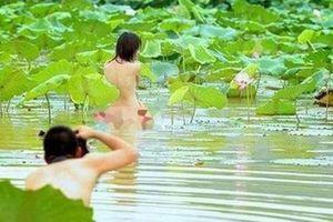 Chấn chỉnh việc chụp ảnh không phù hợp với thuần phong mỹ tục của người Việt Nam