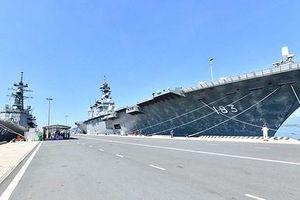 Siêu tàu đổ bộ Izumo có thể mang F-35B vừa cập cảng Việt Nam