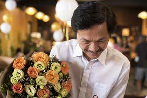 Dàn sao 'Về nhà đi con' chúc mừng sinh nhật 'bố Sơn'
