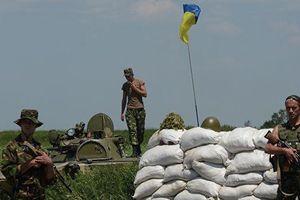 Quân nhân Ukraine say rượu bắn đồng đội ở Donbass