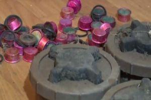 Quân đội Ukraine phát hiện và gỡ hơn 40 quả mìn ở Donestk