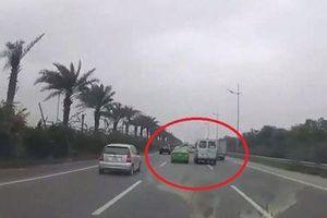 Xác định danh tính, phạt lái xe khách và taxi rượt đuổi, chèn ép nhau trên đường
