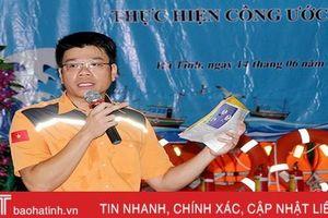 Trang bị kiến thức an toàn hàng hải cho ngư dân Xuân Hội