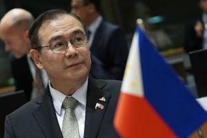 Ngoại trưởng Philippines phát ngôn sốc sau vụ tàu cá bị tàu Trung Quốc đâm