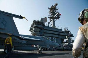Tàu sân bay Mỹ đậu ngoài Vùng Vịnh, đợi 'nắn gân' Iran
