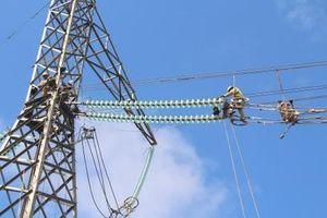 Mùa nóng lại 'nóng' chuyện cung ứng điện