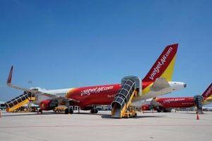 Hàng không Việt Nam thông tin về việc Vietjet Air hoãn và hủy hàng loạt chuyến bay