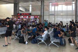 Hàng trăm hành khách bức xúc vì máy bay Vietjet 'delay' và hủy chuyến gần cả ngày trời, hãng hàng không Vietjet nói gì?