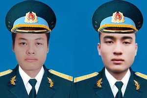 Thăng quân hàm cho 2 phi công hy sinh ở Khánh Hòa