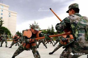 Bài tập đối kháng cực kỳ khốc liệt của lính bộ binh Trung Quốc