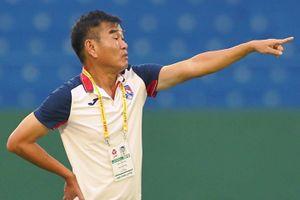 HLV Phan Thanh Hùng không hài lòng dù đội Quảng Ninh thắng trận